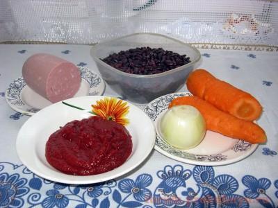 Ингредиенты для приготовления фасоли с колбасой в томатном соусе - 01.JPG