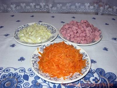Фасоль с колбасой в томатном соусе - 02.JPG