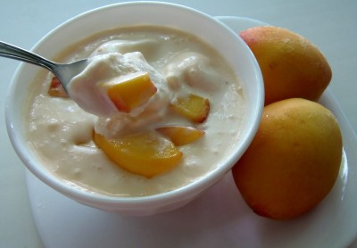Мороженное своими руками. Технологии и рецепты приготовления - персиковое мороженое.JPG