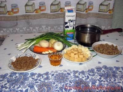 Ингредиенты для сырного супа-пюре с грибами - 01 Сырный суп-пюре с грибами.JPG