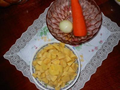 Белый суп - морковка и картофель.jpg