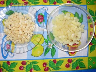 Салат из ананаса, чеснока и сыра - Салат из ананаса с сыром_2.JPG