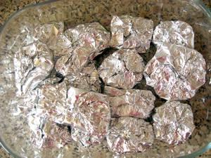 Как запекать мясо в духовке в фольге? - 5.jpg