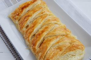 Что можно приготовить из белокочанной капусты? - sloenui-pirog-s-kapustoi.jpg