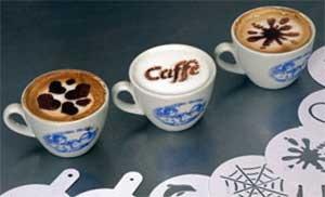 Рисунки на кофе - Кофе украшенный рисунком по трафарету.jpg