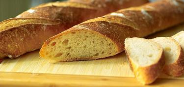 От чего люди добреют? От хлеба  - 01-fresh-bread-makes-people-kind.jpg