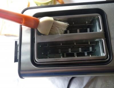 Как почистить тостер от хлебных крошек? - тостер 2.jpg