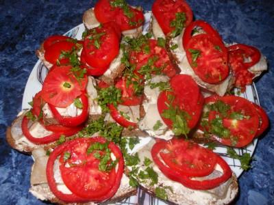 Оригинальные бутерброды - хлебцы украшенные.jpg