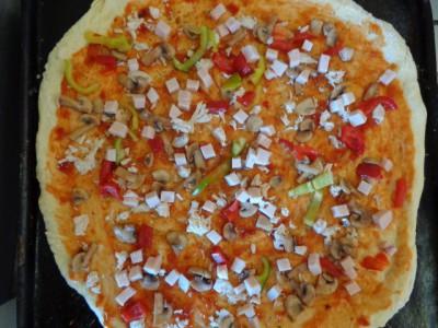 Пирожки и пицца на быстром дрожжевом тесте - 6EOkalATPeA.jpg