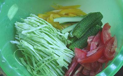 Закрученные овощи в лаваш с белым соусом в духовке - 5.jpg
