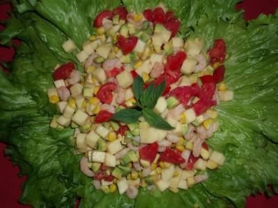 Салат с креветками, авокадо и помидорами - Салат с креветками и авокадо.jpg