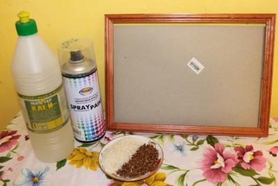 Для изготовления картины вам понадобятся клей, акриловые краски, рамочка для фото со стеклом, рис и гречка. - IMG_1480.JPG