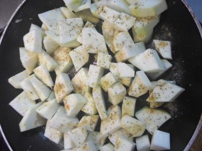Кабачковый суп-пюре с куриными голенями - 05 Кабачковый суп-пюре.jpg