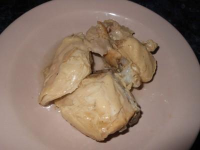 Салат с фасолью постный с майонезным постным соусом  - курица на салат.jpg
