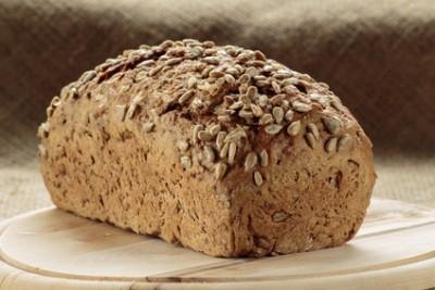 Почему в хлебопечке не поднимается хлеб? - Rye bread with sunflower seeds.jpg