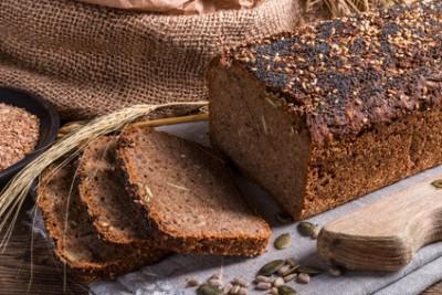 Почему в хлебопечке не поднимается хлеб? - Homemade whole wheat bread.jpg