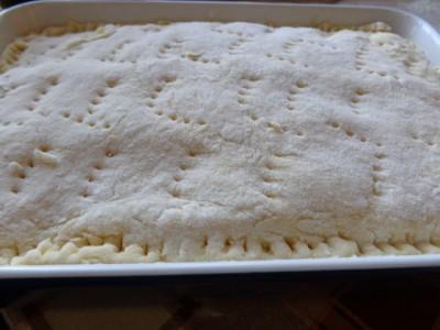 Слоеный пирог с рыбной консервой - DSC00844.JPG