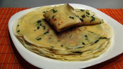 Интересные блины с петрушкой и вкусной начинкой из смеси сыр - DSC07159.JPG
