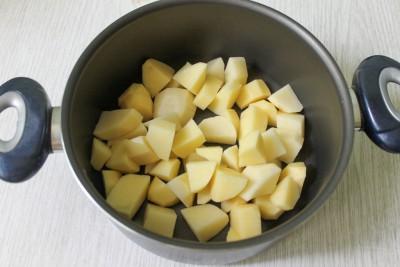 Борщ из молодых овощей с зажаркой - 4.jpg