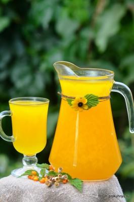 Освежающий напиток из облепихи и листьев мяты - 01 Напиток из облепихи и листьев мяты.jpg