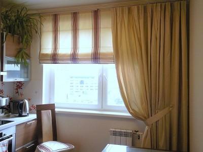 Несколько важных правил по оформлению окна на кухне - okn_shtorami.jpg