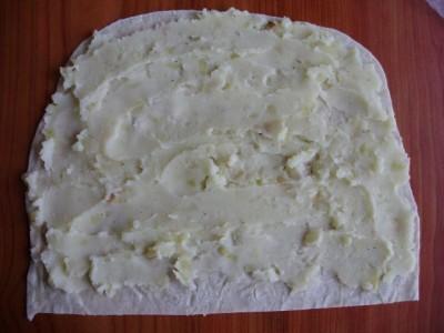 Лаваш с картошкой или вариант кыстыбая - P2090870.JPG