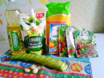 Ингредиенты для жареного кабачка с чесноком - kabachok01.jpg