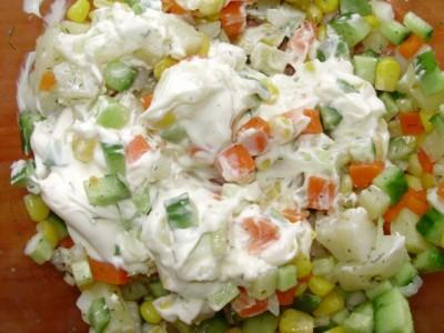 Кукурузный салат со свежим огурцом - P2161014.JPG