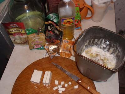 Тесто из хлебопечки - декабрь 2010 058.jpg
