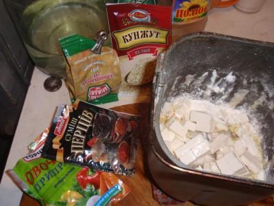 Тесто из хлебопечки - декабрь 2010 059.jpg