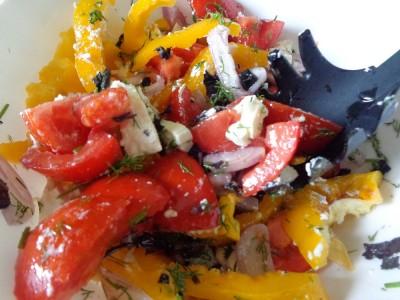 Салат с овощами и сыром Фета - DSC03492.JPG