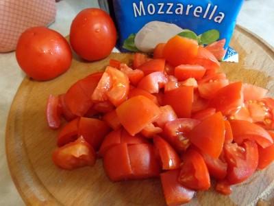 Салаты с ветчиной и сыром Моцарелла - DSC03525.JPG
