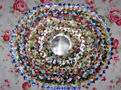 Настенные коврики из конфетных оберток - 02_kovrik.JPG