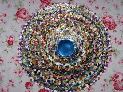 Настенные коврики из конфетных оберток - 04_kovrik.JPG
