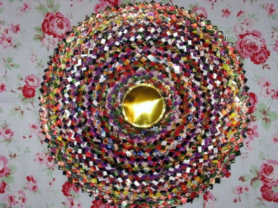 Настенные коврики из конфетных оберток - 09_kovrik.JPG