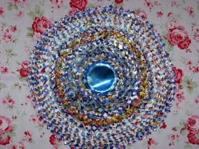 Настенные коврики из конфетных оберток - 11_kovrik.JPG