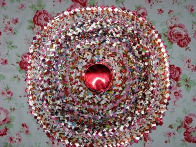 Настенные коврики из конфетных оберток - 12_kovrik.JPG