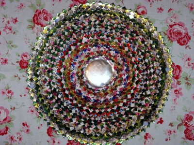 Настенные коврики из конфетных оберток - 15_kovrik.JPG