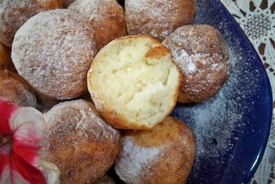 Какие блюда можно приготовить с помощью фритюрницы? - Творожные пончики (5).JPG
