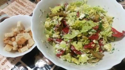 Салат с овощами и сыром Фета - GIPboU-Al44.jpg