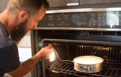 Поговорить с духовкой, обсудить рецепты. Smart Kitchen Summit на марше - 9.JPG