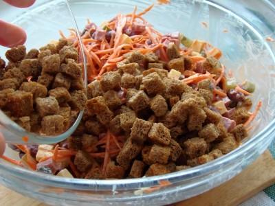Салат с кириешками - 7.JPG