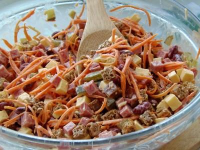 Салат с кириешками - 9.JPG