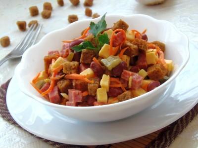 Салат с кириешками - 10.JPG