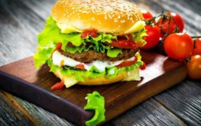 Гамбургеры: вам экологичные или экзотические с тарантулом? - 10.jpg