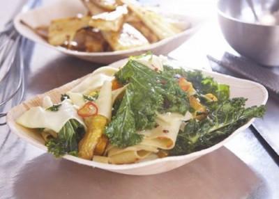 Экологичная и практичная одноразовая посуда из листьев создана в Таиланде - 7.jpg