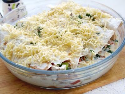 Лаваш запеченный с сырно-яичной начинкой - 10.JPG