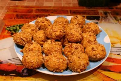 Печенье из сыра - Готовое печенье из сыра с орехами.jpg
