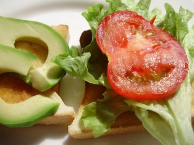 Любимые рецепты бутербродов со свежими овощами - 04_buterbrody.jpg