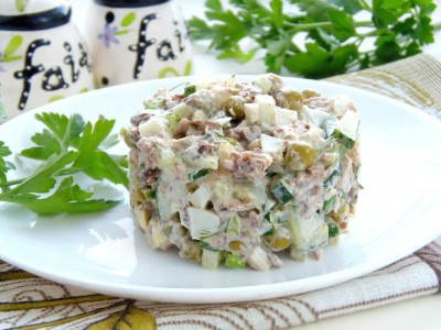 Салат с тунцом - 7.JPG